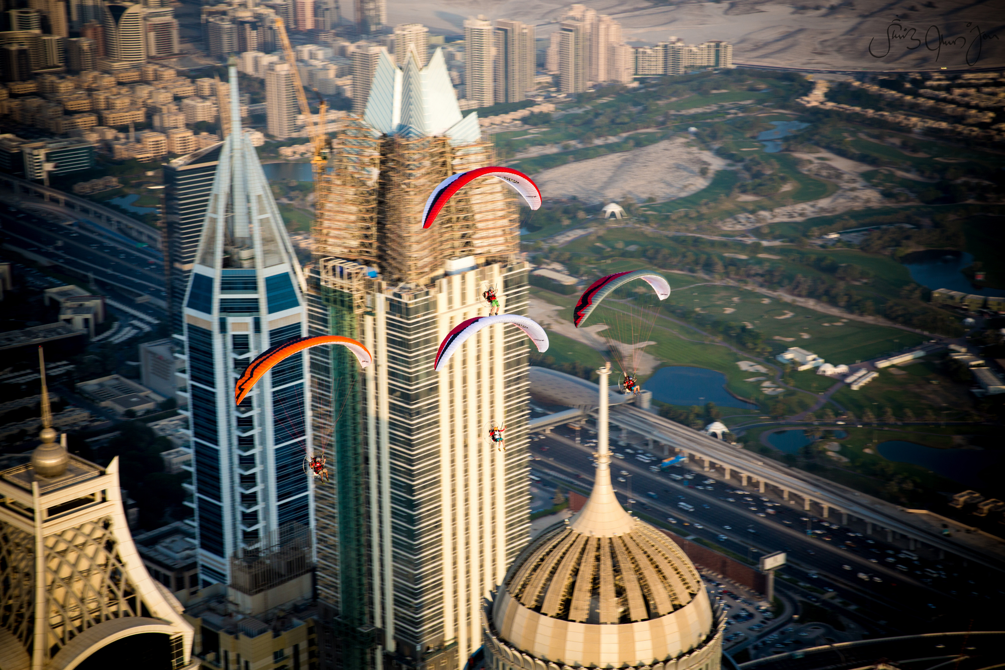 WTB-6275 Skyhub paramotors Palm Dubai marina Francois ragolski Martin schricke