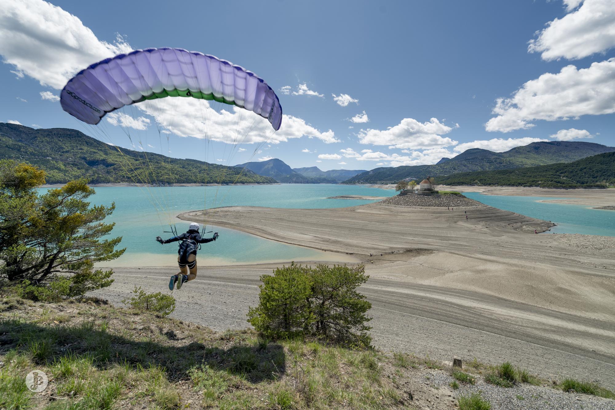 AirG Products Serre poncon parapente paraglide Francois Ragolski photo by Jean batiste Chandelier