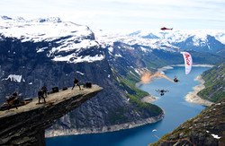 Francois Ragolski Troll tunga paraglid Norway Rock and roll