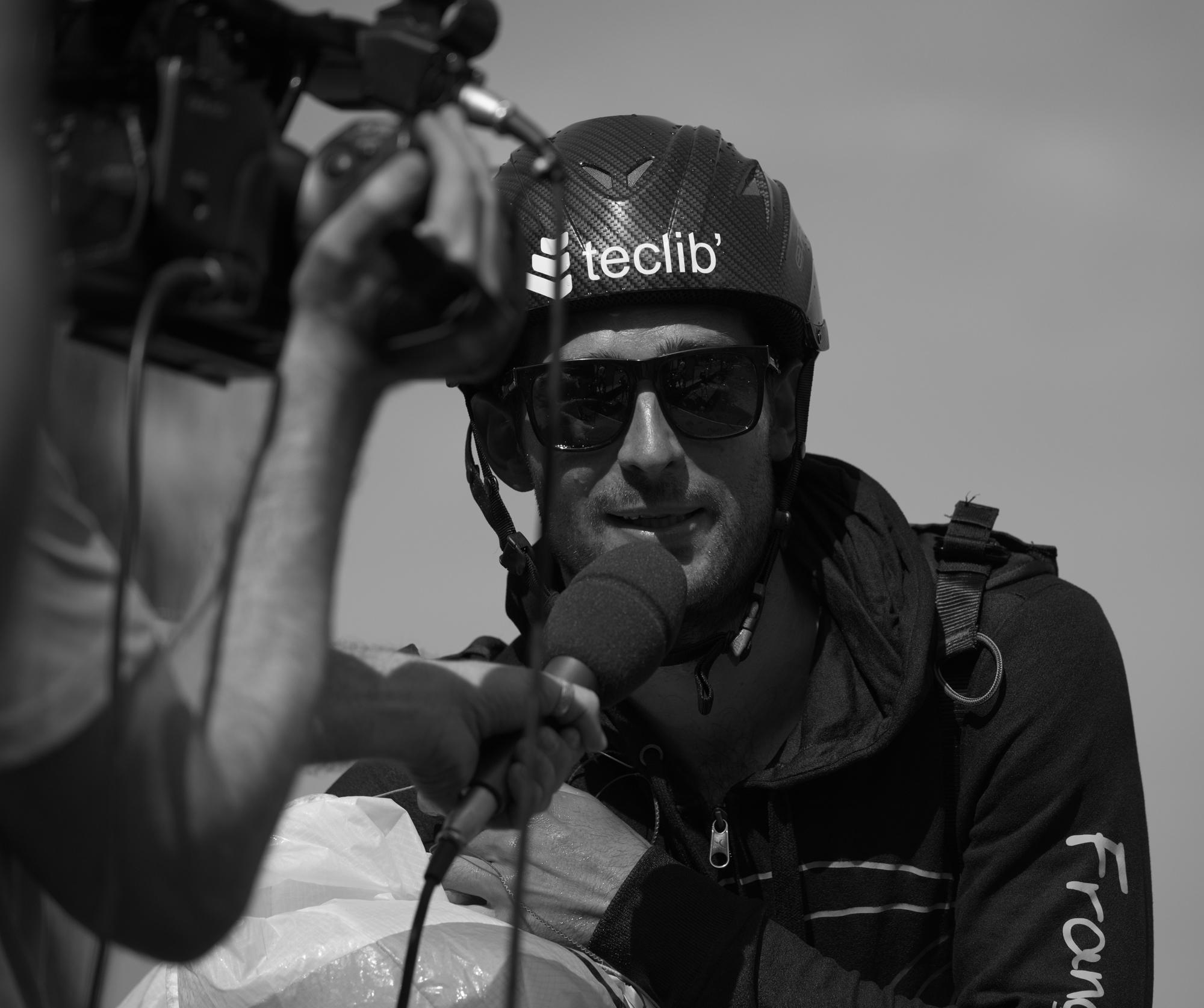 Victoire Championnat du monde parapente acrobatique Francois Ragolski Interview