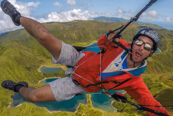 Acores Festival parapente 2017 Francois Ragolski over the Volcano Spice Everest 3 et Syride