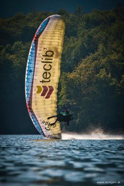 Acrojam paragliding Competition Francois Ragolski teclib landing