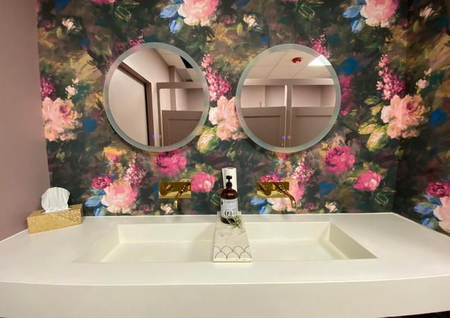 girls bathroom.jpg
