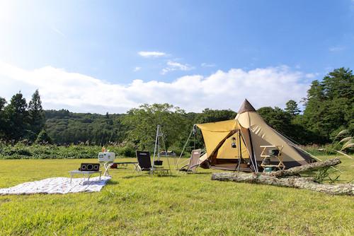 tent-wide.jpg