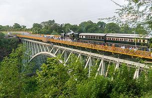 steam train vicfalls-0904.jpg