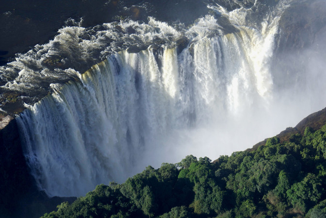 The Victoria Falls is in full flow