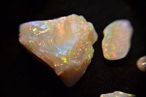 Opala - pedra Semi preciosa (4).jpg