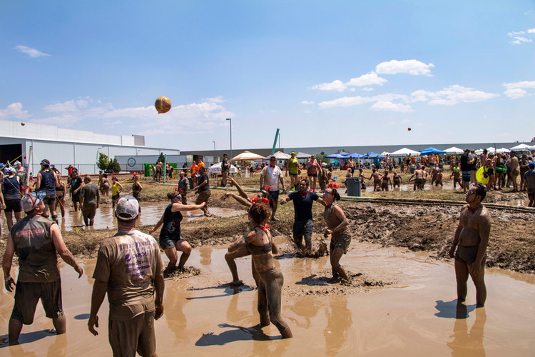 March of Dimes MUDD Volleyball
