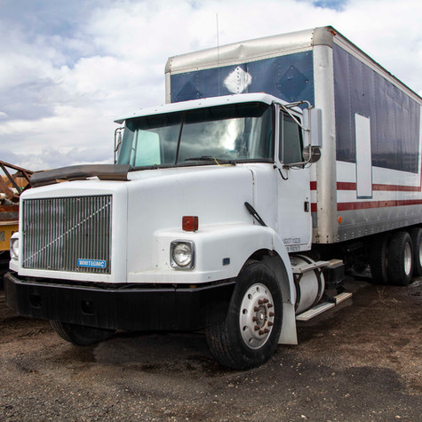 1994 Volvo White GMC FE6 with High Pressure Mud Pump System