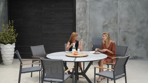Zebra HELIX Dining Tisch rund 160cm