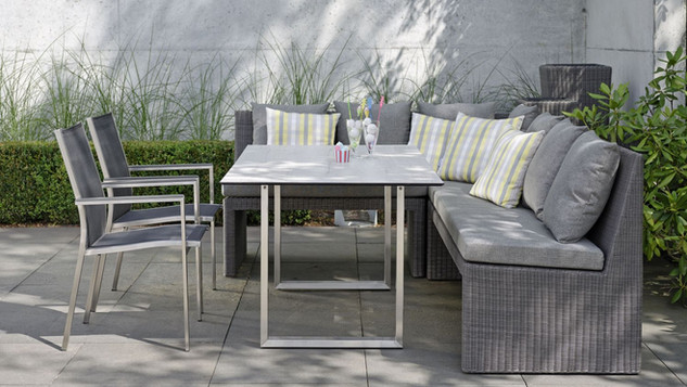 Stern Noel Outdoor Casual Dining