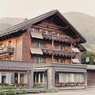 hotel-post-bezau-aussenansicht2.jpg