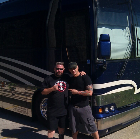 """Damon tour managing North America / with """"Bus Daddy"""" at the wheel"""
