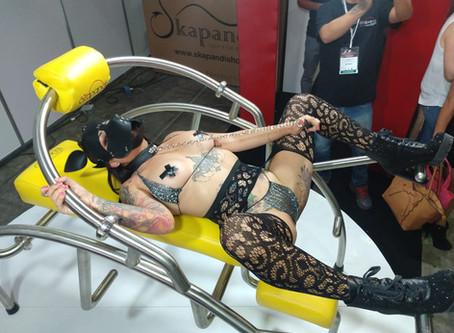 Bondage Toys! Una excelente opción para usar como parte de la práctica BDSM en la Love Chair.