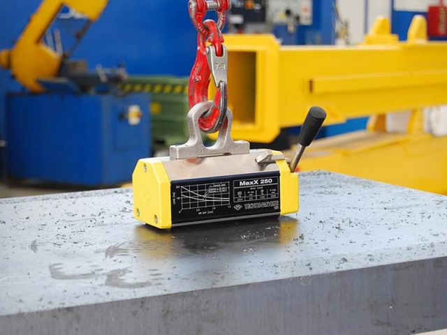 Technomagnete Lifting magnets