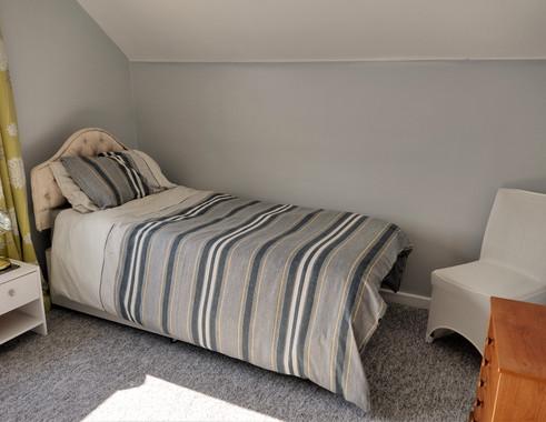 22-Twin Bedroom.jpg