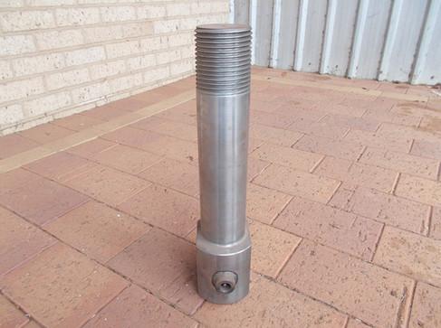chopper roller drawbar pin 2.JPG