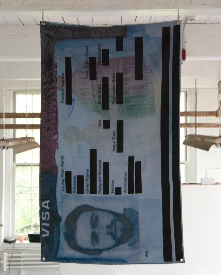 Vertical+Hang+Sid.jpg