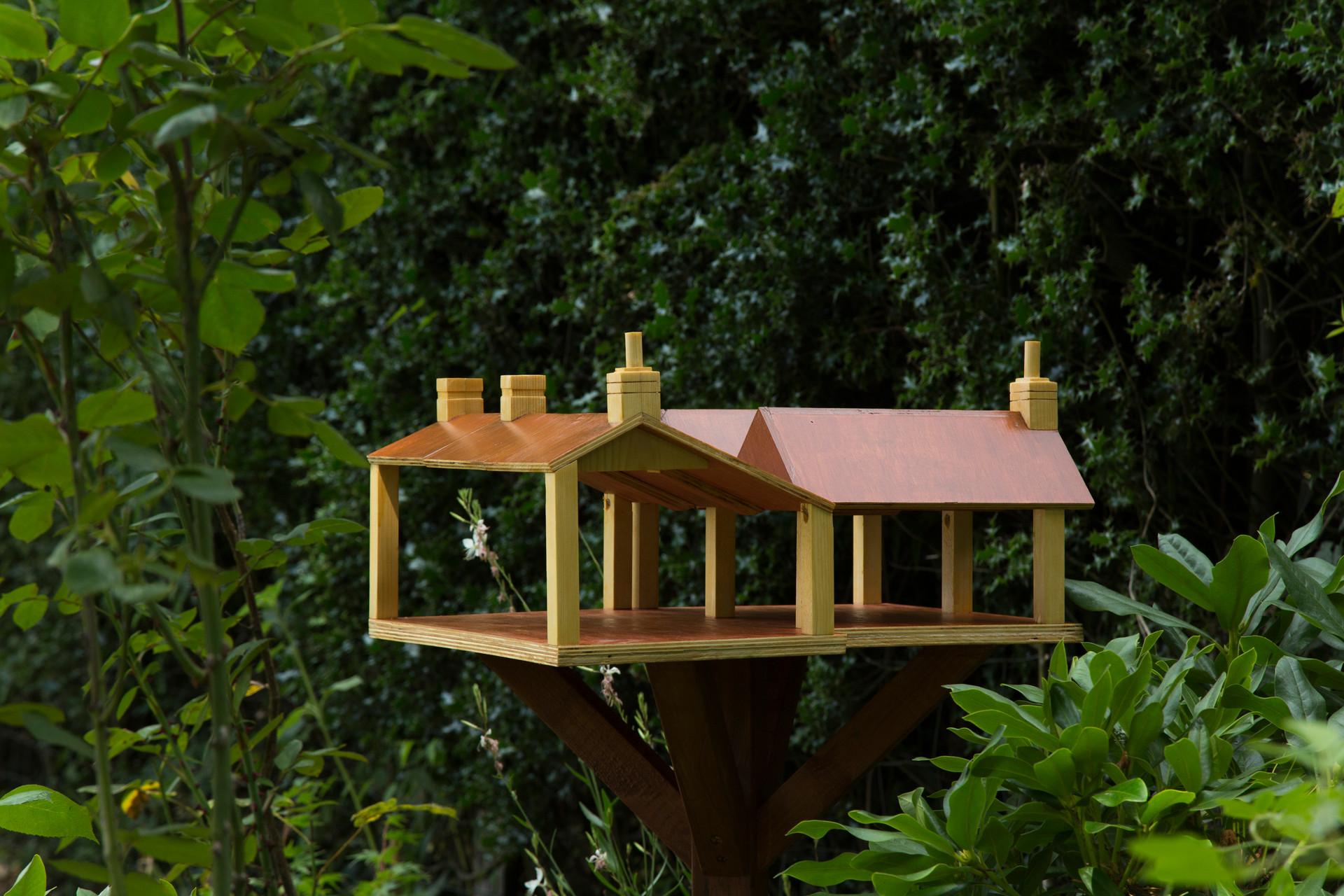 Birdtable 2.jpg