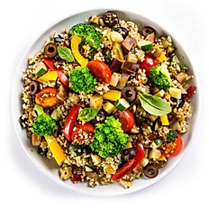 Red & White Quinoa Blend with Broccoli and Grilled Veggies