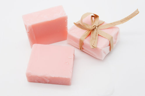 Manteca hidratante con aceite de rosa mosqueta y aroama fresas con nata