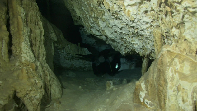 Cave diving-Mexico.mov