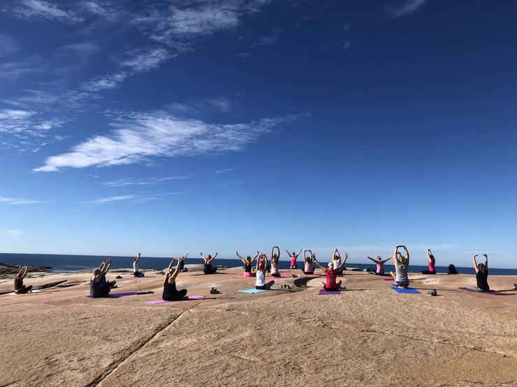Yoga på Hållö