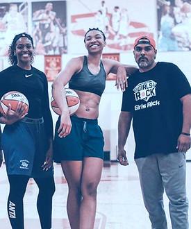 Imani Mc Gee-Stafford (WNBA Dallas Wings)