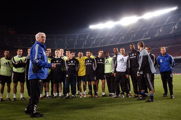 Robson and the team in training prior to their match against Barcelona in the Champions League - December 2002. Picture courtesy of The Chronicle.