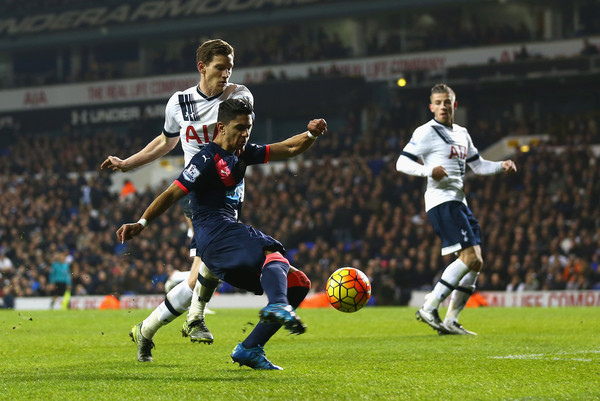 Ayoze scores a stoppage time winner in the last time Newcastle paid a visit to Tottenham. Picture courtesy of Zimbio.