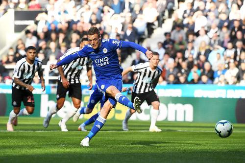 Jamie Vardy opened the scoring in the 2-0 defeat earlier kin the season. Picture courtesy of Premier League.