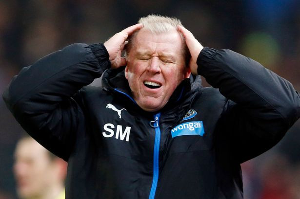 McClaren struggled to get off to a good start and problems just spiraled out of control. Picture courtesy of The Mirror.