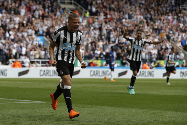 Despite a misfiring season, Gayle ended his season on a high by scoring the opening goal on the final day against Chelsea. Picture courtesy of Zimbio.