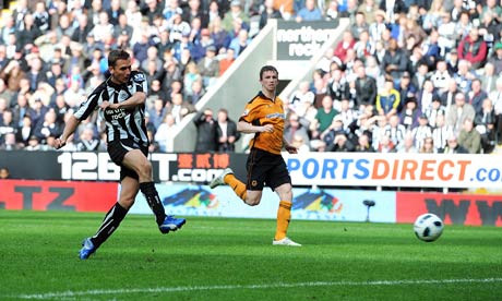 Lovenkrands scoring Newcastle's third goal in their last league win at home to Wolves. Picture courtesy of NUFC Blog.