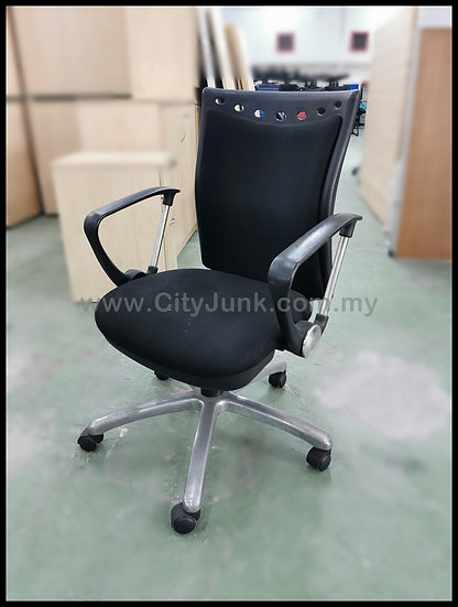 USED - Medium Back Executive Chair with Aluminum Base