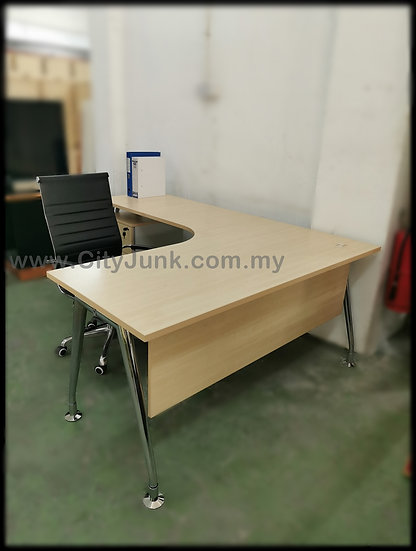 USED - Executive Chrome Steel Base L-Shape Table with Mobile Pedestal