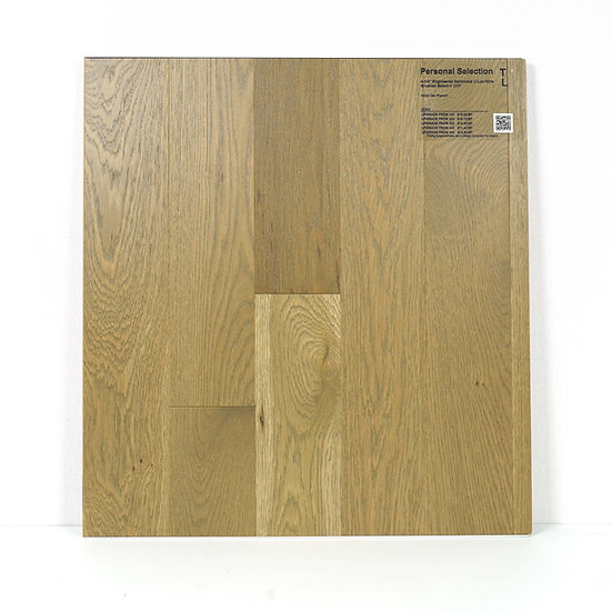"PS Engineered 4 1/4""  white oak wire brushed Pharaoh"