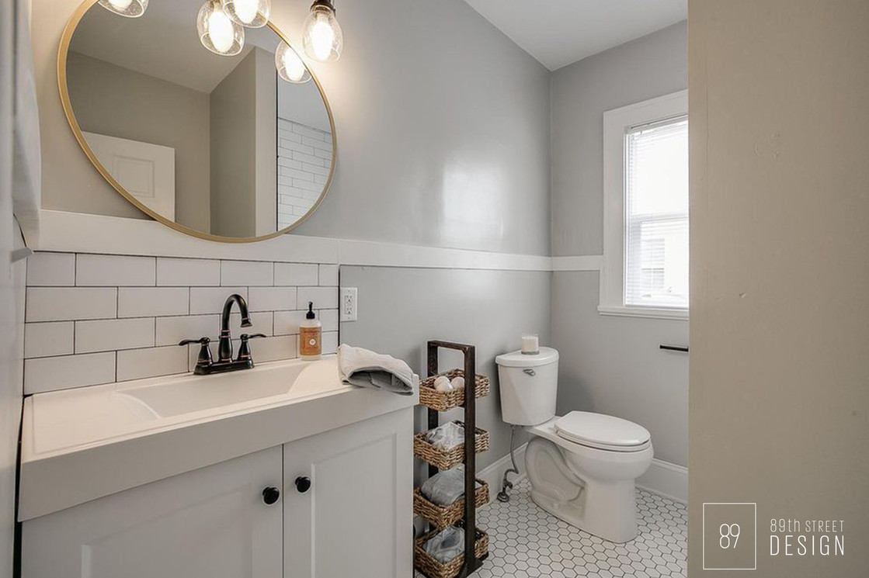 Kenosha-Interior-Designer_Vintage Bathroom