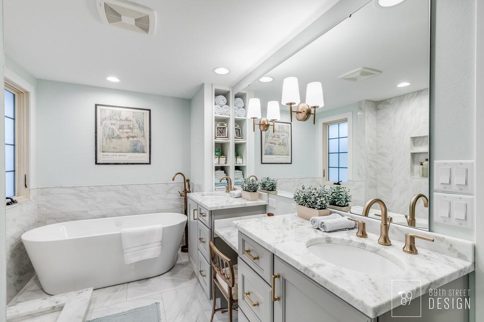 Master-Bathroom-Ideas_Brass-Tub-Filler