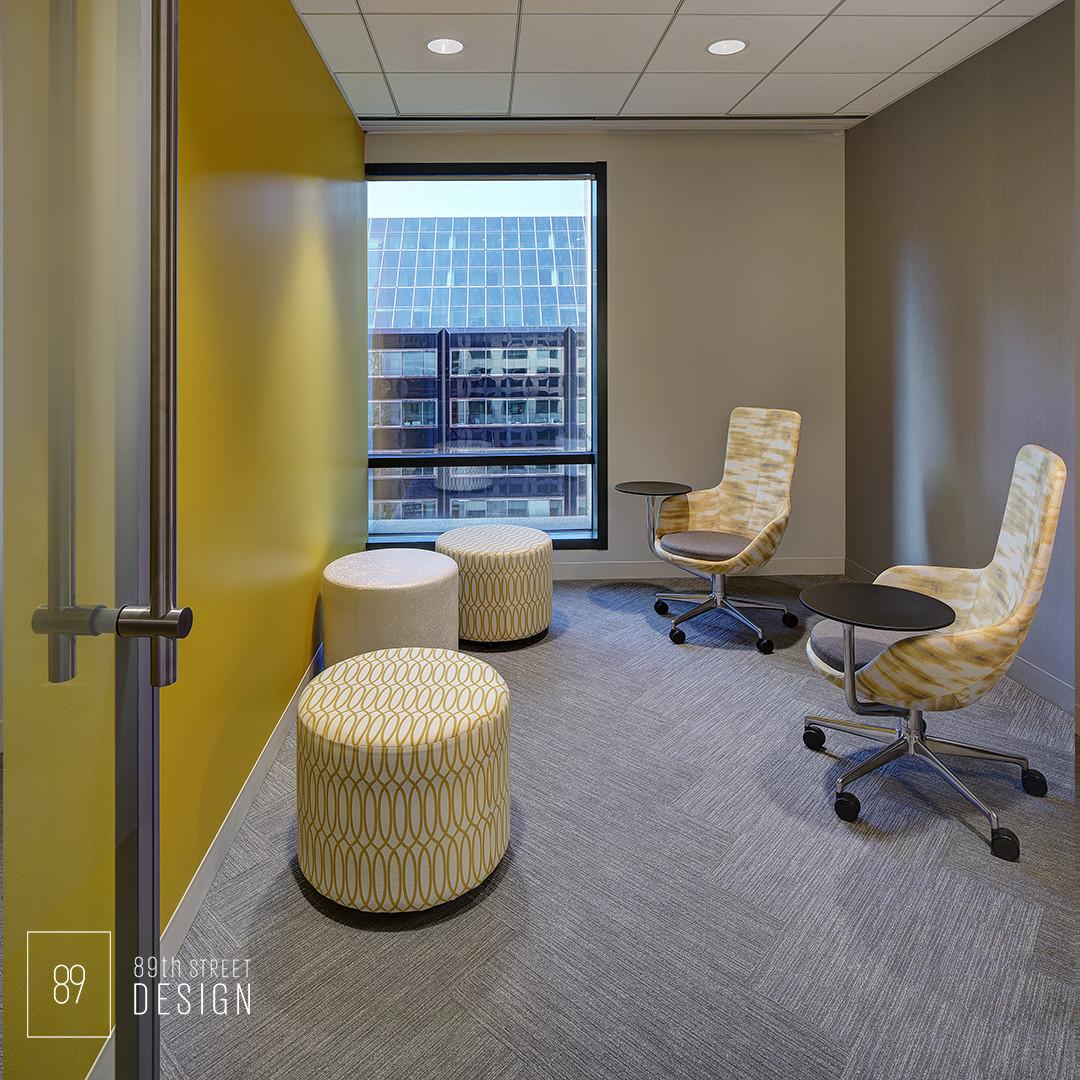 Kenosha_office_design_collaboration_seating