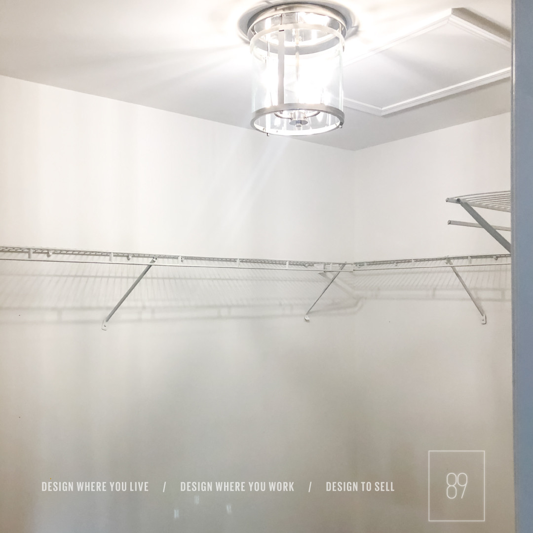 89th-St_Hallway_LCloset_Lighting_Luxe_Gl