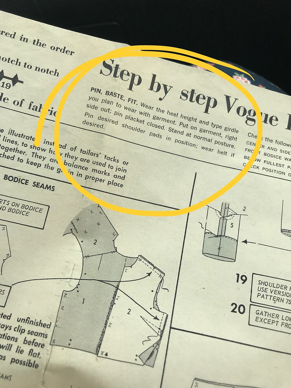 Sewing my first vintage pattern Vogue 9972