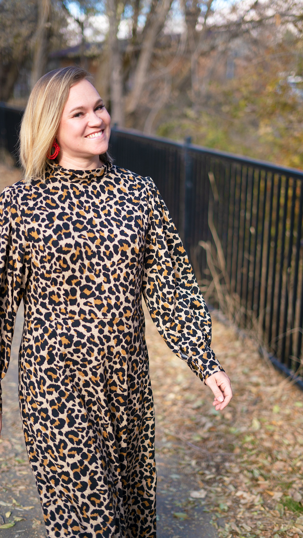 Vogue 1633 Leopard Sweater Dress Knit