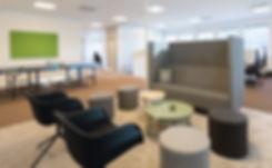Kontorsinredning på Söder & Co i Göteborg. Multifunktion, aktivitetsbaserat kontor, lounge, pingisbord, bordtennisbord. Möbler från Muuto och Kinnarps