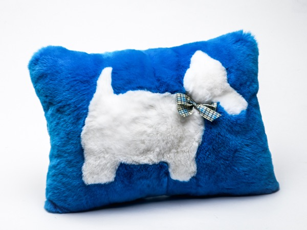 Подушка из меха кролика Рекс