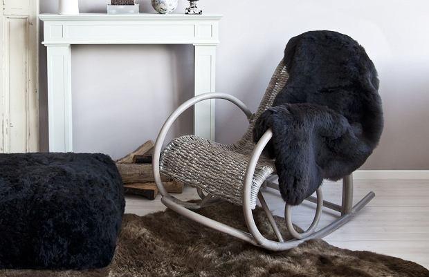 Накидка на кресло и пуф
