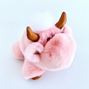 Игрушка бычок из натурального меха розовая