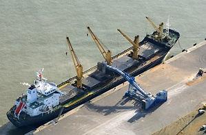 Shiploader.jpg