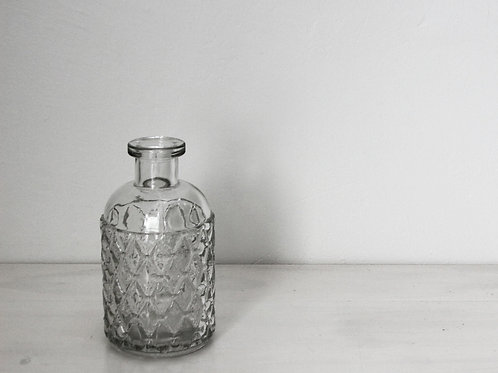 20 Clear floral vases