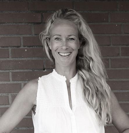 Anna Tästensen, Yoga Biz Consulting Lüneburg, Unternehmensberatung, Yogalehrer, Yogastudio, Fitness, Konzept, Strategie, Businessplan, Marketing, Sales Management